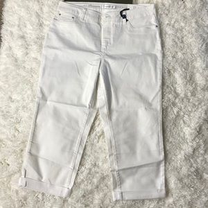 New Croft&Barrow Premium Denim Capri's Size 14